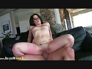 Порно видео жени и лука