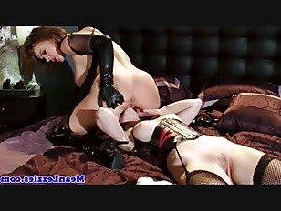 Эротика Фемдом pussylicked по покорный лесбиянка порно видео