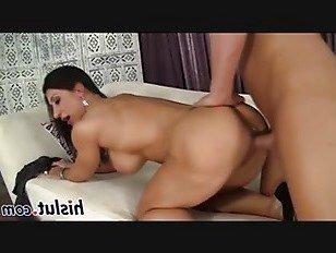 Эротика Полный фигурный брюнетки рубить с ее парень порно видео