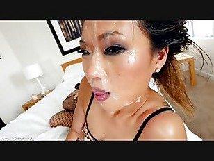 Эротика азиатский шлюха сосать белый петух порно видео