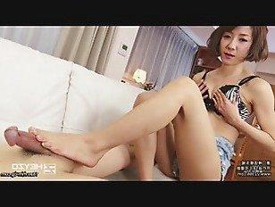 Эротика Чередование и поклонение ног порно видео