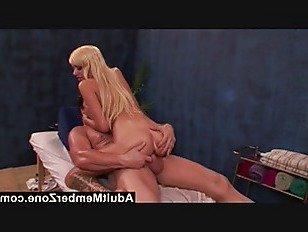 Эротика AdultMemberZone горячая красотка Эмма Мэй получает очень хороший dickmassage порно видео