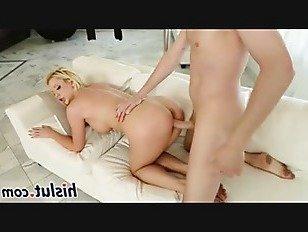 Эротика Вкусный секс-бомба с большими сиськами получает прибил порно видео