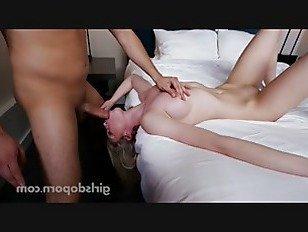 Эротика Горячая блондинка красотка глубокая глотка порно видео