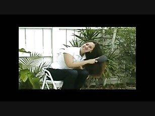 Эротика Donnette S длинные Pantene волосы щеткой, хвостики и косы порно видео