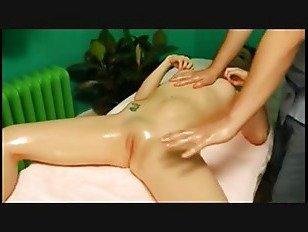 Эротика массаж России сделать ее оргазм много раз порно видео