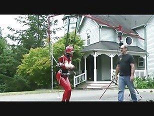 Эротика в красном латексном костюме порно видео