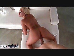 Эротика Грудастая блондинка блудницей становится действительно трахал порно видео