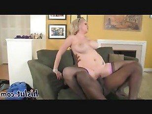 Эротика Кэти с гигантские гудки отказов на большой хуй порно видео