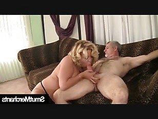Эротика Бабушка волосатый киска ебать порно видео