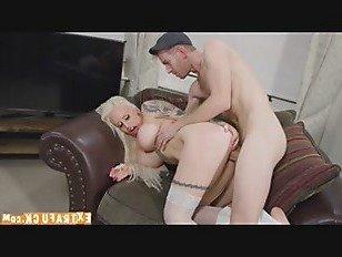 Эротика Жизнь помощник Кукла p4 порно видео