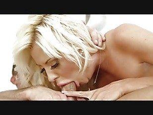 Эротика Кортни Тейлор Большие сиськи блондинка горячий анал порно видео