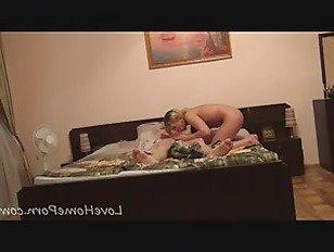 Эротика Никас новый парень трахает ее в различных позициях порно видео