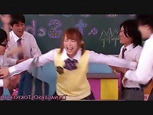Эротика Японский школьница рывков в класс банда порно видео
