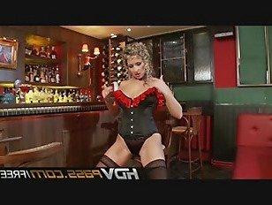 Эротика Большие сиськи брюнетка красотка в чулках дрочить Дарья Гловер порно видео