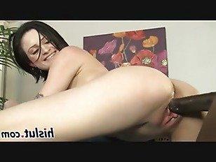 Эротика Странный подросток удовольствия a массивный черный вал порно видео