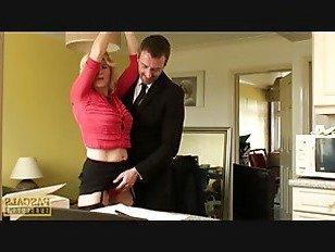 Эротика Британский суб мамаша отскок наверх maledoms петух порно видео