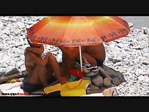 Эротика Скрытая камера поймала пляж секс в положении собачьи порно видео