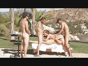Эротика Как сделать бадминтон интересной частью 4 порно видео