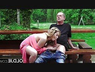 Эротика Горячий школьница подросток трахает старик собачьи Минет порно видео