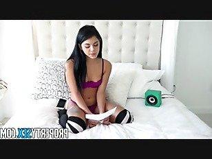 Эротика Испепеляющий горячий сосед почти выселен порно видео