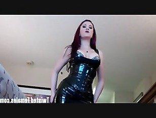 Эротика Я сожму твою голову между моих мощных бедер порно видео
