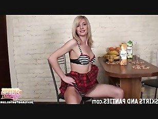 Эротика Нравится ли вам мой милый маленький школьница трусики порно видео