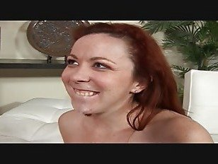 Эротика рыжая леди трахаются на большой хуй порно видео