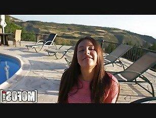 Эротика Mofos -Элли, Я Знаю Эту Девушку. порно видео