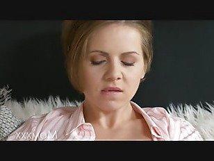 Эротика Мама домохозяйка лицо шлепать и доминирует ее суб муж для грубый трах порно видео