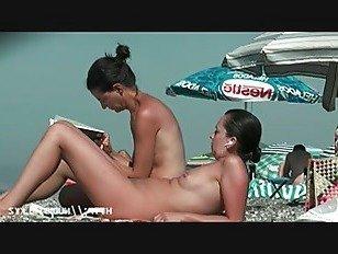 Эротика Сука на пляже получать роговой нудистский киска мокрый порно видео