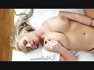 Эротика Чисто зрелом возрасте с опытом блондинка Феникс Мари трахается порно видео