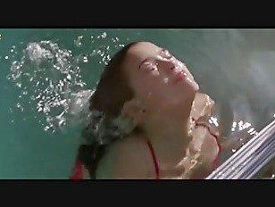 Эротика Фиби Кейтс Голая Сиськи Во Времена В «Риджмонт Хай» Фильм порно видео