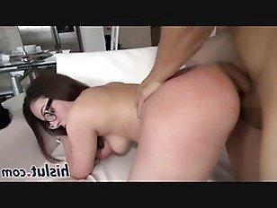 Эротика Горячей очкастой брюнетки радости большой род порно видео
