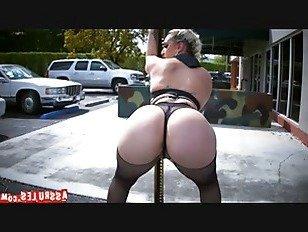 Эротика Нина Кей делает это в жопу парад p1 порно видео