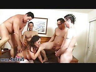 Эротика Похабный групповуха действий в главной роли удивительная брюнетка Хлоя порно видео