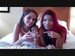 Эротика Набейте свой бесполезный член в этом устройстве целомудрия порно видео