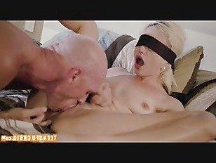 Эротика Не говори папе p2 порно видео