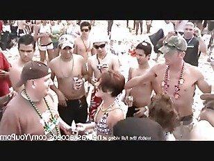 Эротика реальные студентки колледжа мигает голые тела на пляже в Южном падре остров Техас для весенних каникул порно видео