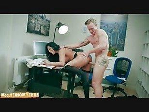 Эротика Взять Ваш подросток в работа день p2 порно видео