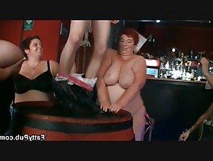 Эротика Жир группа толстушки вечеринка порно видео