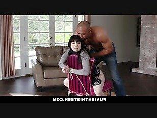 Эротика PunishTeens-милая девушка Гот похитили и трахнули в жопу порно видео