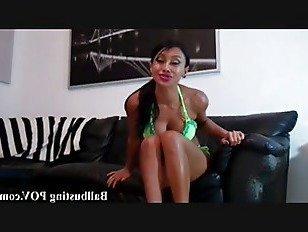 Эротика Как он чувствует, что школьница бюст ваши яйца порно видео