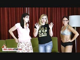 Порно Босс 3 девушки играют в Стрип-игра на память никогда не Youlll забыть HD секс видео
