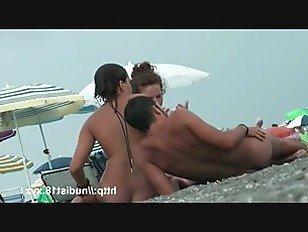 ХХХ Порно Голые тела голые сиськи и письки в этом нудистском пляже видео HD секс видео
