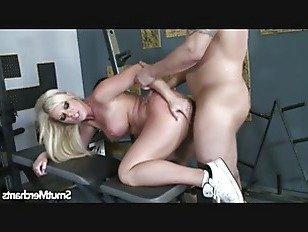 Эротика Супер сексуальная блондинка выебанная жесткий порно видео