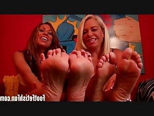 Эротика Мои ноги были сделаны, чтобы побаловать себя порно видео