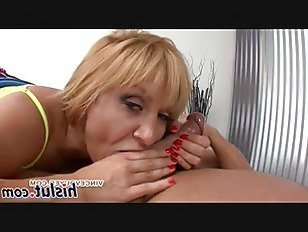 Эротика Похабный Анальный сеанс с потрясающей блондинкой порно видео