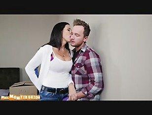 Эротика Что Делают В Вашем Шкафу порно видео