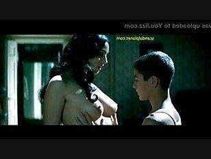 XXX Порно Моника Беллуччи Обнаженные Сиськи И Куст В Фильме Малена HD секс видео